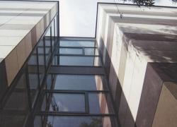 schule-goettingen-fassadentafel-natura-genietet-800m2-002